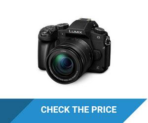 PANASONIC LUMIX G85 Camera with Flip Screen